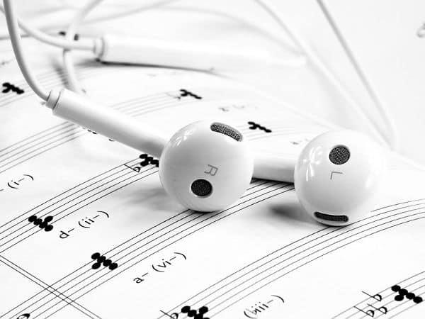 Escuchar música gratis en tu Smartphone - Apps