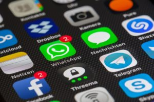 liberar espacio en whatsapp iPhone