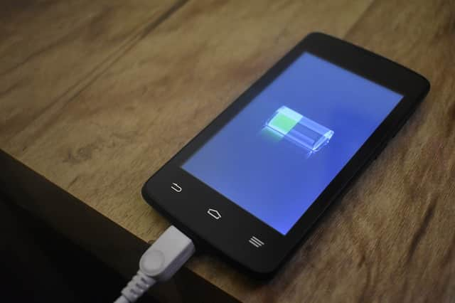 How to know if my charger and my mobile phone have quick charge?