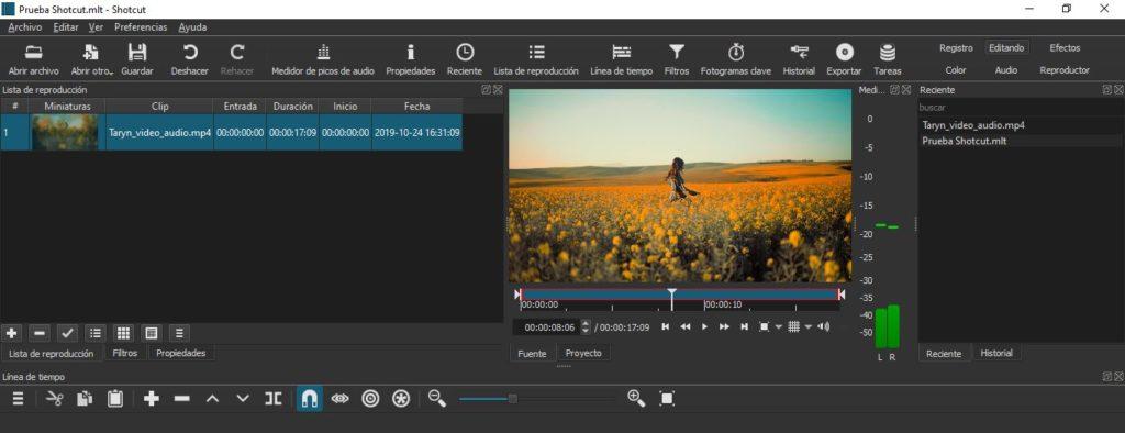 Espacio de trabajo para editar vídeos en Shotcut.