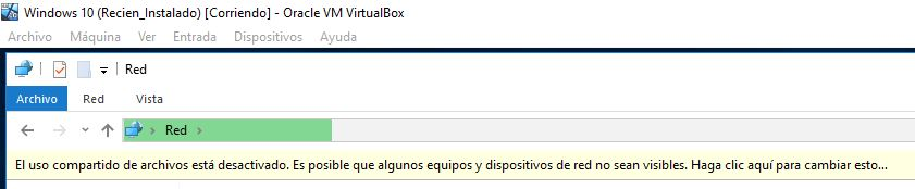 """Carpeta """"Red"""" con el mensaje """"El uso compartido de archivos está desactivado""""."""