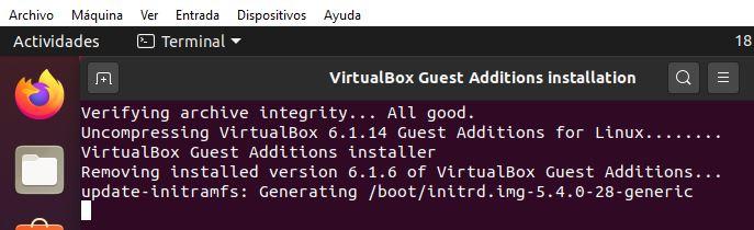 Terminal ejecutando el asistente para instalar las Guest Additions.