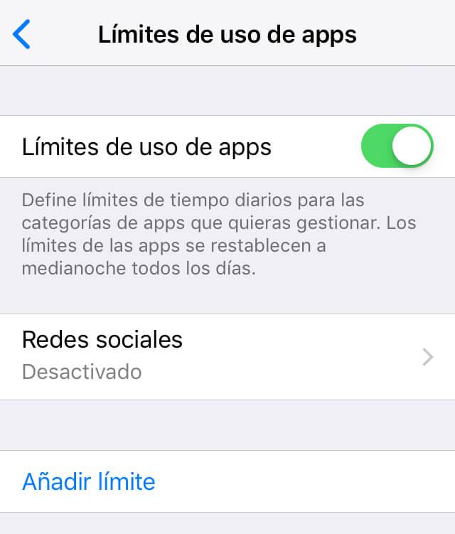 """Menú de """"Límites de uso de apps"""", el cual muestra un botón que aparece al lado de otra opción llamada """"Límites de uso de apps"""" y un enlace azul que dice """"Añadir límite""""."""