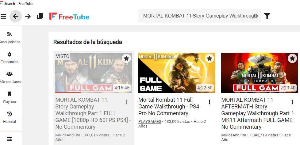 """FreeTube mostrando las palabras clave """"Mortal Kombat 11"""" y un icono en forma de flecha en su barra de búsqueda."""